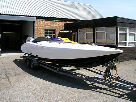 Honda 225 Powerboat