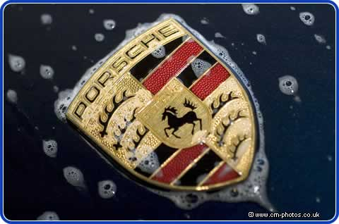 Superb photo of Porsche badge by CS-photography.