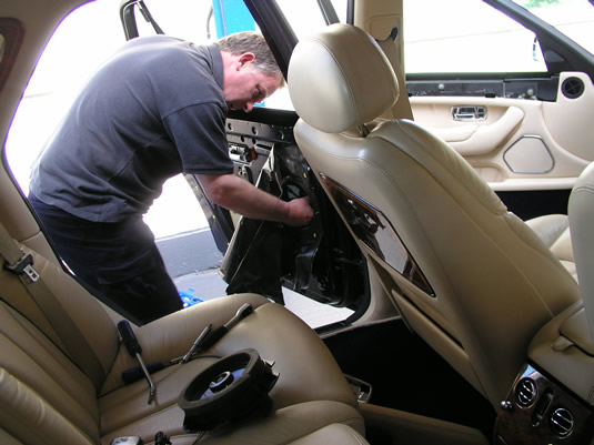 Replacing a rear window.